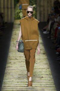 Коллекция Макс Мара весна-лето 2017 на Неделе моды в Милане