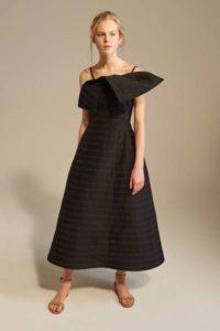 Коллекция платьев Vika Gazinskaya в Париже