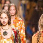 Показ женской коллекции Etro весна-лето 2017 на Неделе моды в Милане