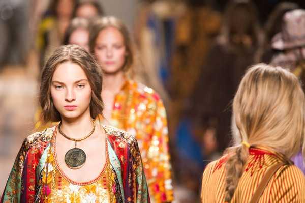 Коллекция платьев Etro в Милане