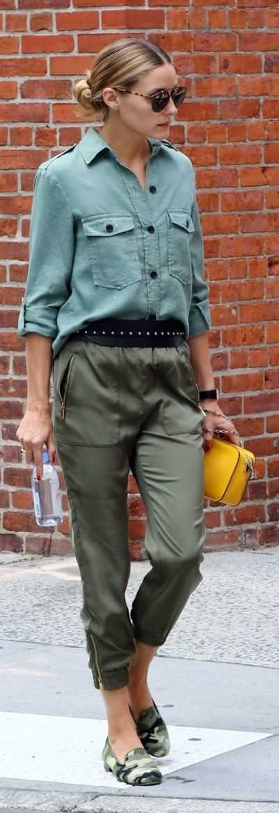 Оливия Палермо в рубашке сафари и брюках