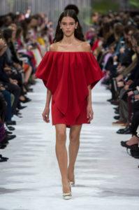 красное платье валентино