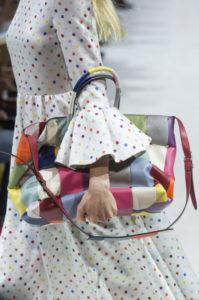 сумка в стиле пэчворк от валентино
