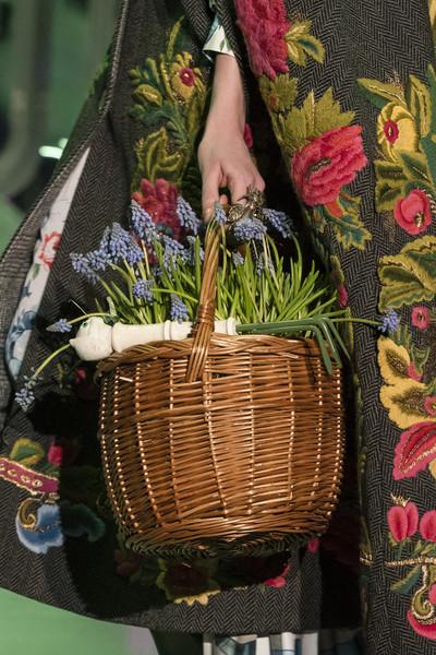 плетная сумка корзинка Гуччи
