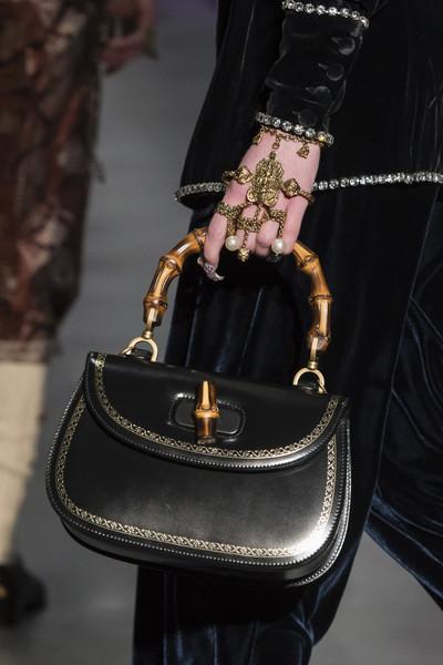 Черная сумка Гуччи