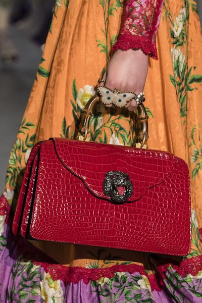 красная сумка Гуччи