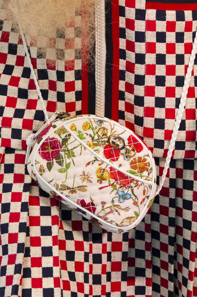 женская сумка Гуччи с цветочным принтом
