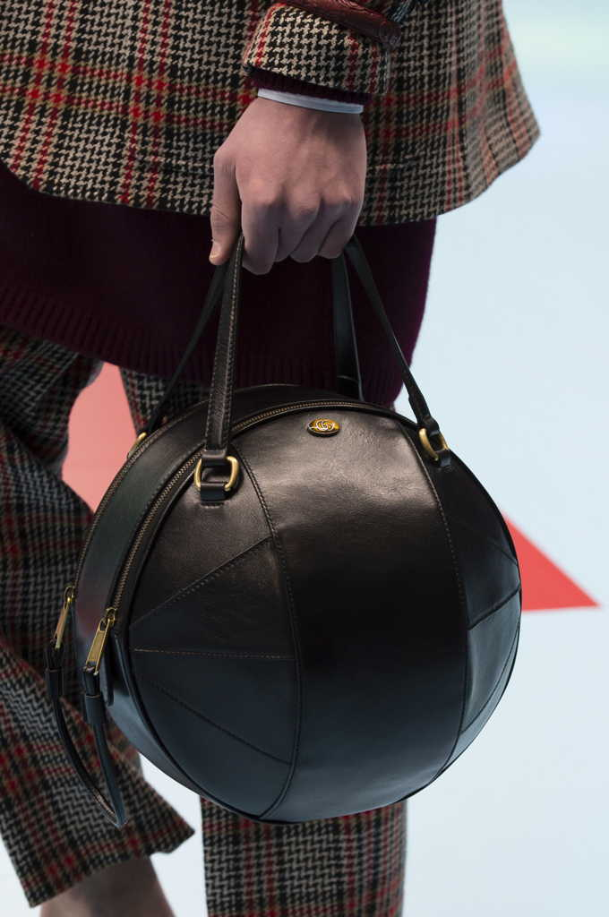 круглая сумка Гуччи