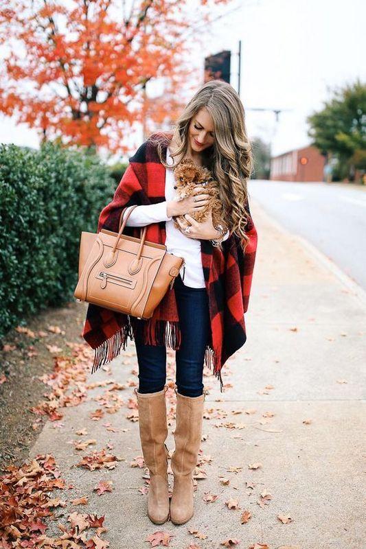 Как носить пончо осенью