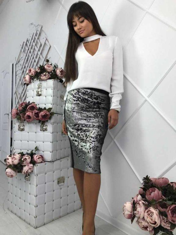 Как и с чем носить пайетки: юбка с пайетками