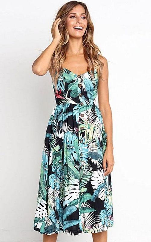 модный сарафан с ярким летним принтом 2021
