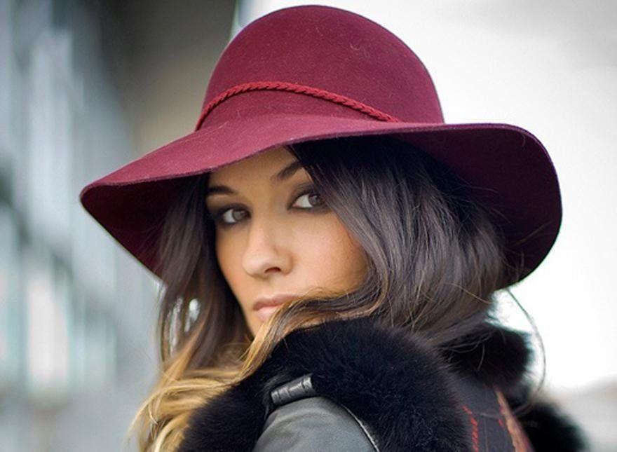 Как носить шляпу с широкими полями, фото образов