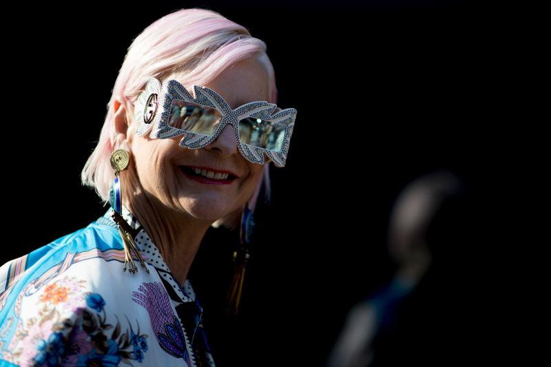 причудливые очки от солнца 2021